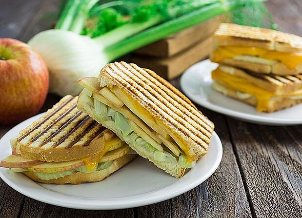 apple-fennel-panini2