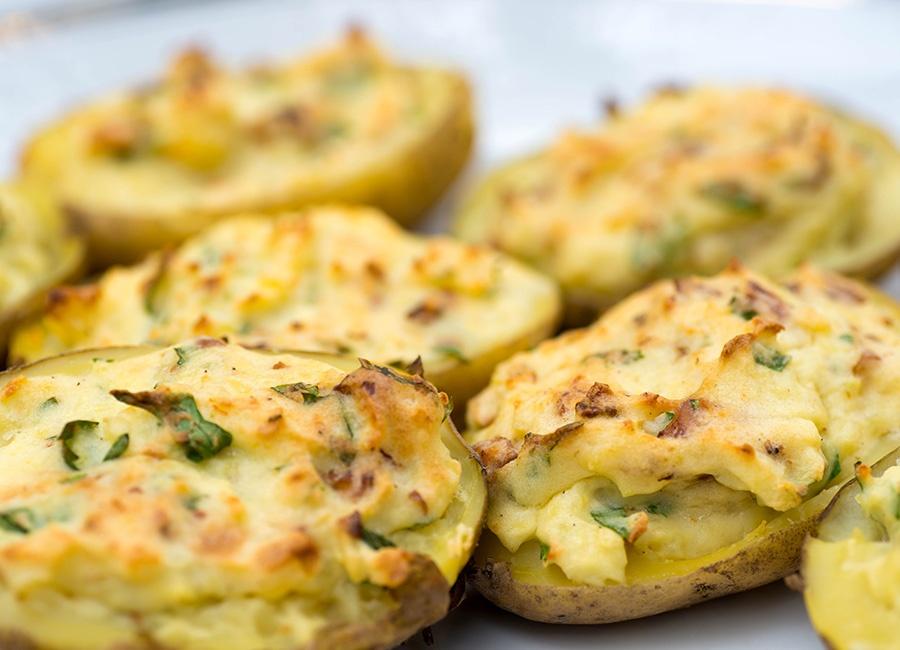 cauliflower-stuffed-potatoes