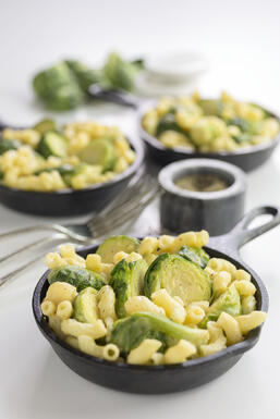 Cheesy Mac and Sprouts1 HI-RES