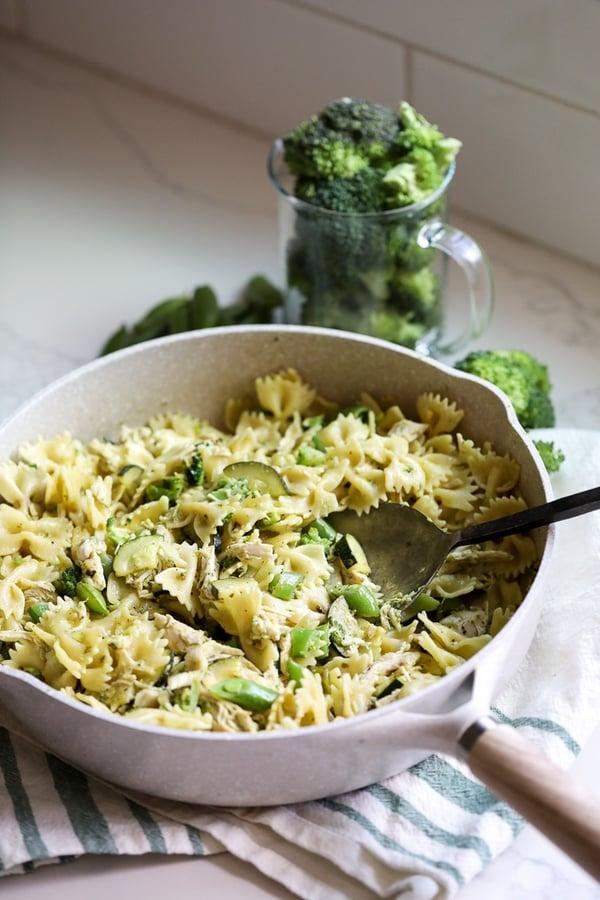 broccoli pesto chicken pasta-2