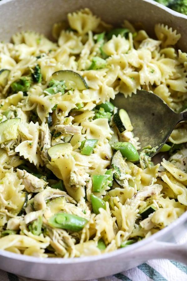 broccoli pesto chicken pasta-4