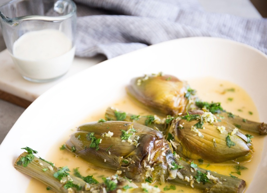 WINE-BRAISED-ARTICHOKES