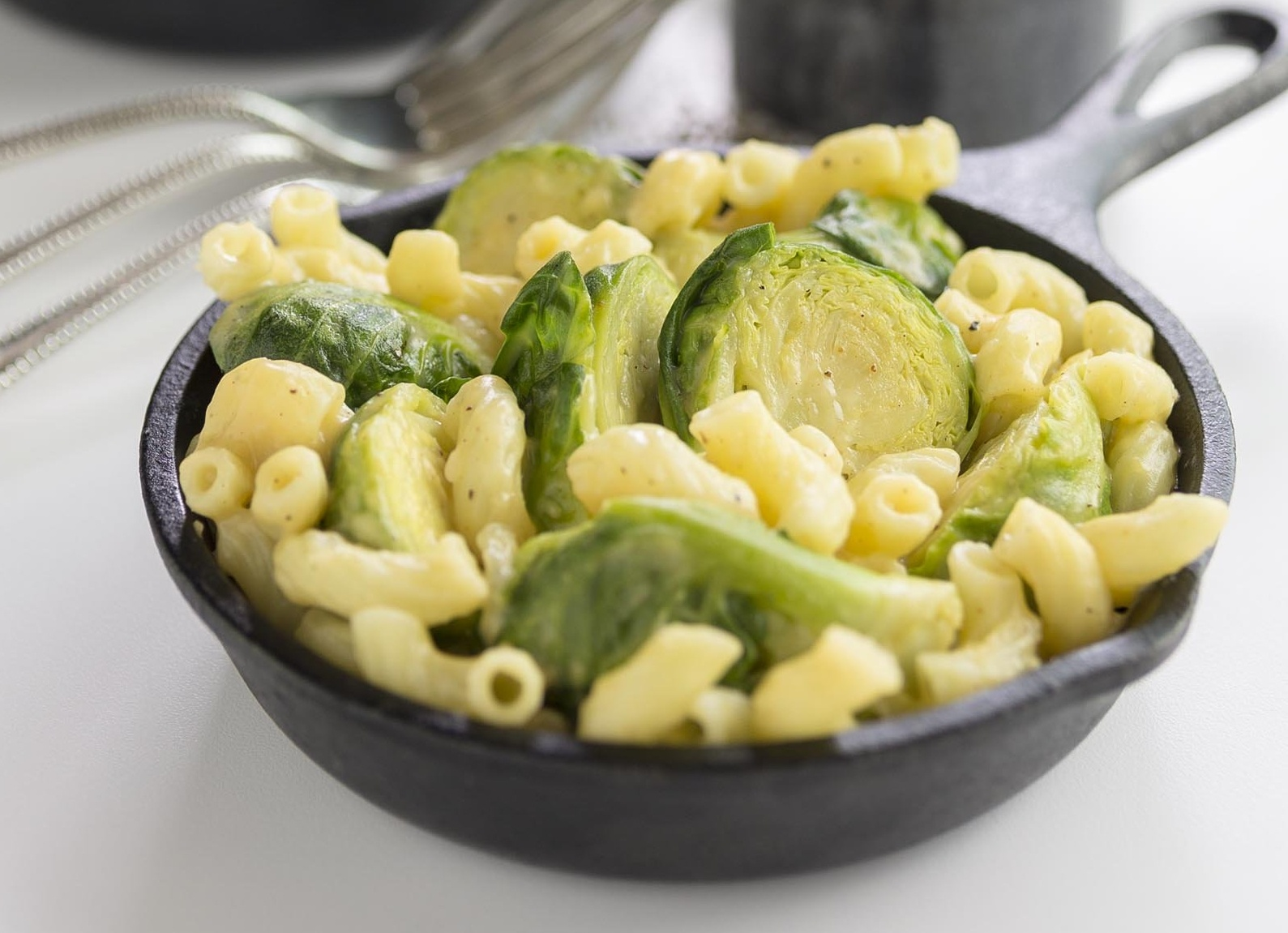 Cheesy Mac and Sprouts1-982141-edited